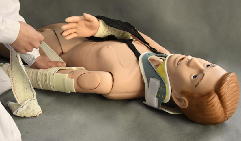 四肢骨折急救标准化病人